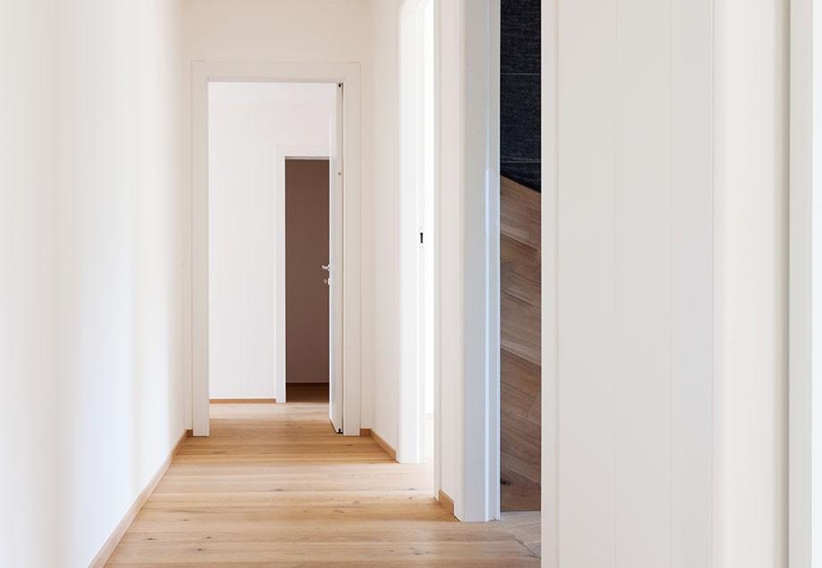 vernachl ssigter flur stadtwerke d sseldorf. Black Bedroom Furniture Sets. Home Design Ideas